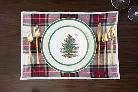 kourtney kardashian shares her christmas table setting decor tips