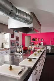cuisine mur framboise déco 7 cuisines pour voir la vie en côté maison