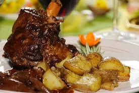 cuisiner une souris d agneau souris d agneau braisées au vin aux échalotes la cuisine de