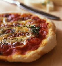 cuisine napolitaine pizza à la napolitaine les meilleures recettes de cuisine d ôdélices