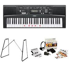 yamaha keyboard lighted keys amazon com yamaha ez220 61 lighted key portable keyboard bundle