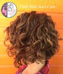 www haircutcolor com naturally curly bob with balayage high and