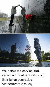 Fallen Comrade Table by 것 Iese We Honor The Service And Sacrifice Of Vietnam Vets And