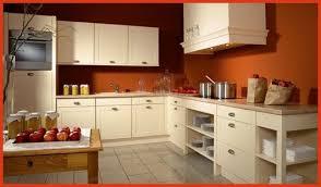 peinture orange cuisine meuble cuisine couleur vanille cuisine contemporaine en couleur