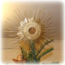 venetian starburst tree topper make it with a recycled compact