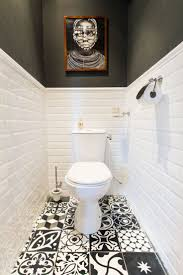 Bathroom Paint And Tile Ideas Best 25 Small Bathroom Paint Ideas On Pinterest Small Bathroom