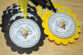 12 Birthday Party Favor Tags Bumble Bee Theme Happy BEE Day by