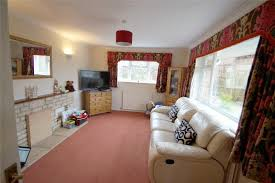 parkers chinnor 3 bedroom bungalow for sale in golden hills