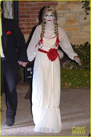 courteney cox dolls up as u0027annabelle u0027 for halloween with fiance