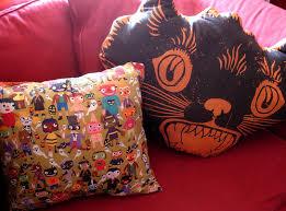 halloween countdown vintage design pillows shewalkssoftly