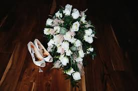 wedding flowers omaha brian married noah s event venue omaha nebraska