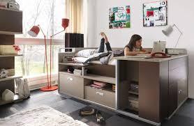 bureau d ado lit pour adolescent avec de nombreux rangements et un bureau intégré