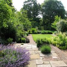 Cottages Gardens - cottage garden paving