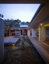 design inspiration modern courtyard house studio mm architect