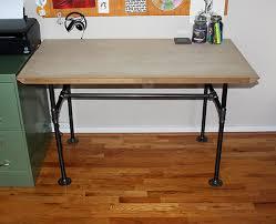 industrial pipe desk diy www vanillaandvelvet com diy