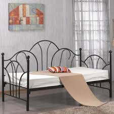 Black Metal Headboard And Footboard Greenhome123 Twin Size Metal Daybed In Black Or White With Slats