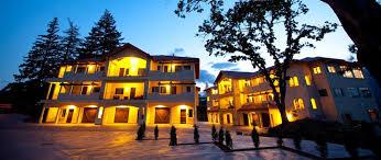 hotels in river oregon columbia cliff villas evergreen escapes