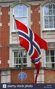 norwegian flag flying outside of the norway embassy london