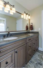 Jack And Jill Bathroom Ideas by 22 Best Home Jack N Jill Bathrooms Images On Pinterest Bathroom