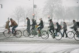 how to dress pro cyclingtips winter cycling tips from copenhagenize dandyhorse magazine