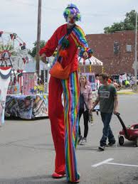 clown stilts clown on stilts by kdawg7736 on deviantart