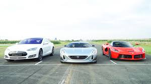 Rimac Concept One Vs Laferrari Youtube