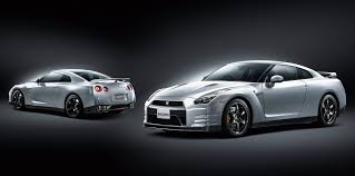 Nissan Gtr Hybrid - next nissan gt r confirmed as a hybrid 2 2 not due until at least