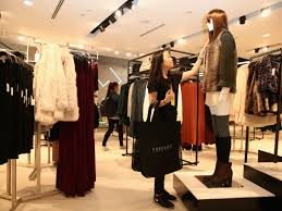 articles with clothing store window why i stopped shopping at forever 21 business insider