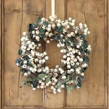 pre lit battery operated outdoor wreaths uk for windows