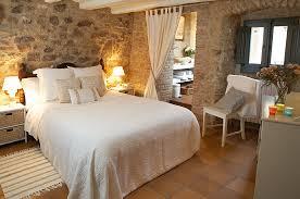 chambre et blanche chambre blanche romantique agréable et confortable chambre d hôtel