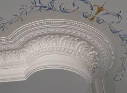 25 beste ideeën plaster cornice op grijs plafond