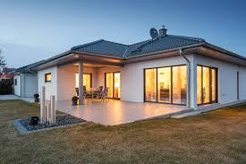 Einfamilienhaus Von Privat Kaufen Der Klassische Winkelbungalow überzeugt Durch Klassische Formen