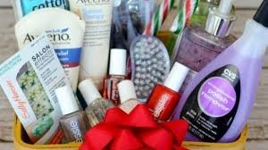makeup gift baskets top 25 best makeup gift baskets ideas on diy makeup gift