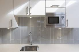 what color tile goes with gray cabinets what color cabinets go with gray tile
