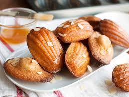 seashell shaped cookies madeleines fancy cookie sized cakes that are easy to make