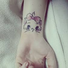 picture of cute kittie wrist tattoo for a lady