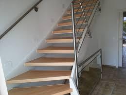 treppe mit laminat treppenrenovierung treppensanierung hübscher offene treppe laminat