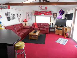 we rent fun right in downtown lake geneva homeaway lake the hollywood movies room