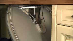 tourniquet cuisine eggo retirer et remettre le plateau de meuble tourniquet