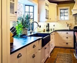 cottage kitchen furniture 101 beautiful cottage kitchens beachfront decor