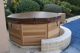 jacuzzi bois exterieur pour terrasse construction piscines nimes gepad piscines et spa 30000 nîmes
