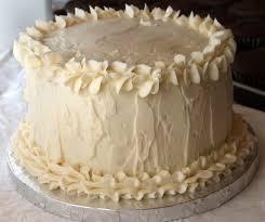 wedding cake frosting white wedding cake cupcakes recipe girl