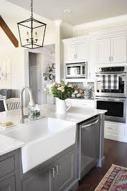 Farmhouse Kitchen Designs Photos by Best 25 Gray And White Kitchen Ideas On Pinterest Kitchen