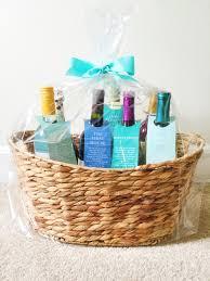 bridal shower wine basket diy bridal shower gift