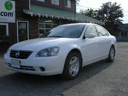 nissan altima white 2010 earthy cars blog earthy car of the week 2004 white nissan altima