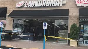 Awnings Staten Island 6 Hurt When Car Accidentally Crashes Into Staten Island Laundromat