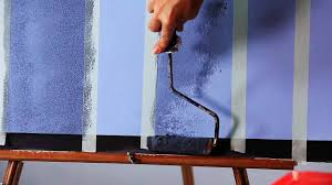 painting a wall how to sponge roller paint a wall howcast the best how to