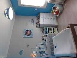 chambre enfant gris et ide chambre garon vert tendre sur les murs bleu sur la