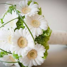 wedding flowers hull the floral lounge wedding flowers easy weddings