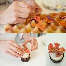thanksgiving leaf cupcakes satin